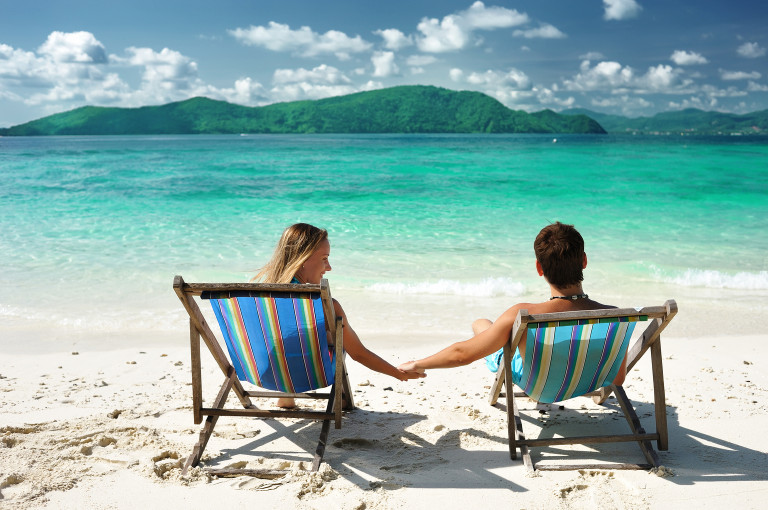 beach couple honeymoon vacation LTS