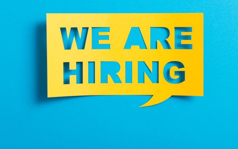 We are Hiring Sticky Note2_800x500