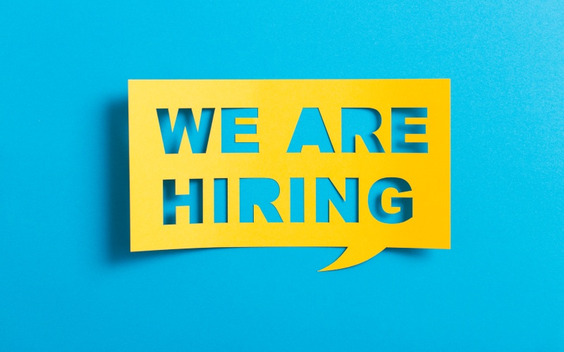 We are Hiring Sticky Note_800x500
