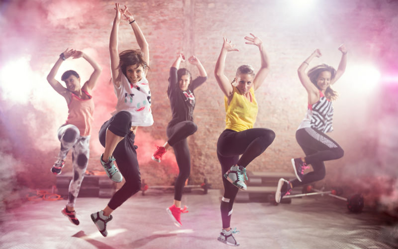 Zumba Dancing Group Women_800x500